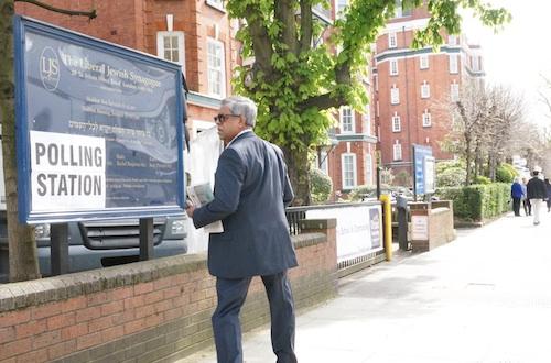 London-voting.jpg