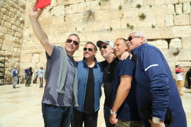 Louis Barson, Josh Verne, Michael Aronsky, Bruce Greenbaum and Lee Fishman at the Western Wall