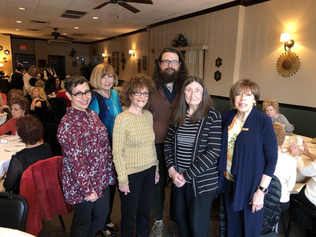 Sue Aistrop, Suzanne Udell, Linda Leibowitz, John Eskate, Mary Ann Kesilman and Rhoda Stein