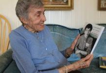 Itka Zygmuntowicz looks at her memoir