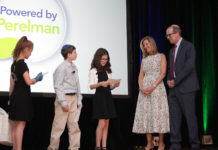 Noa Singer, Noah Cohen and Abigail Gober with honorees Gail and Elliot Norry