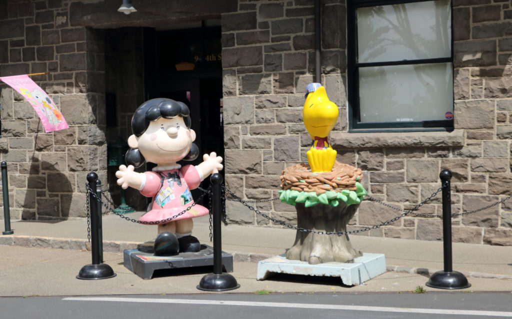 Statues of Lucy and Woodstock in front of the California Welcome Center at Historic Railroad Square