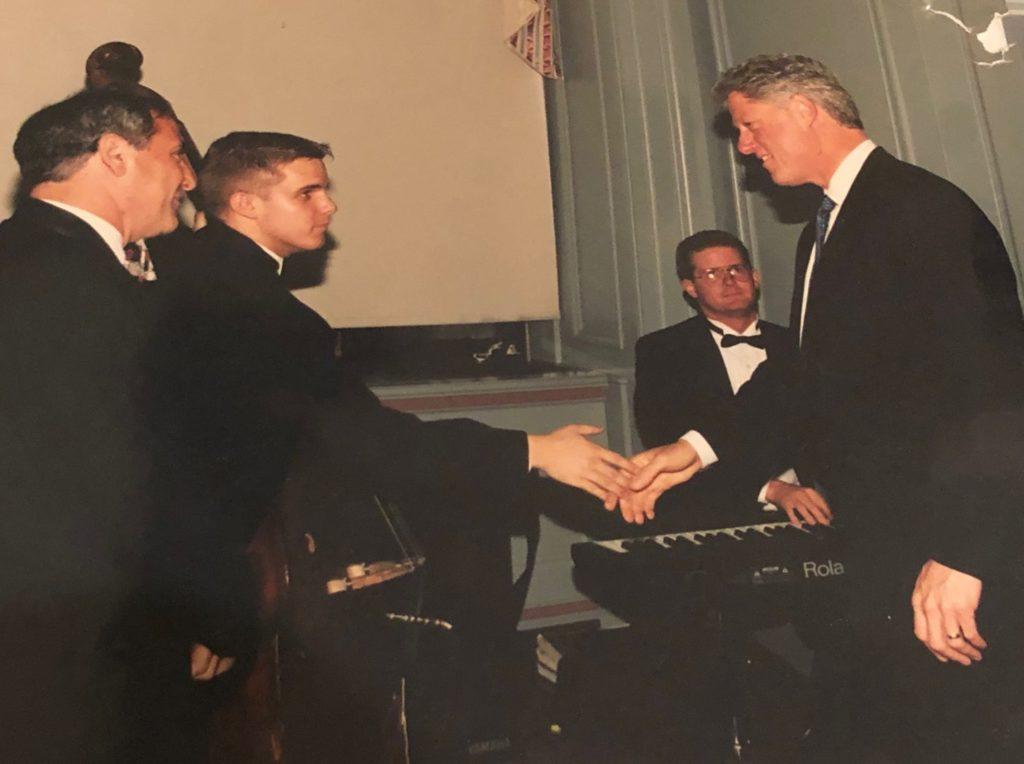 Ken Silver, Jason Long, Joe McAnally and President Clinton