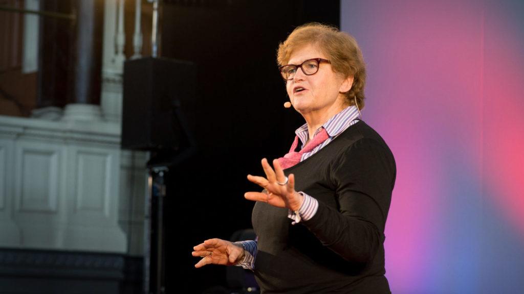 Deborah Lipstadt speaks at Washington Hebrew Congregation