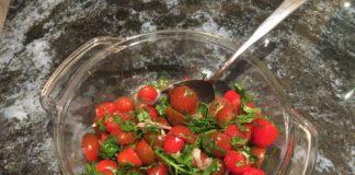 Tomato herb salad