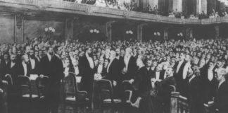 photo of first Zionist Congress in 1897.