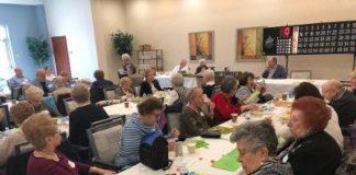 Jewish seniors playing bingo