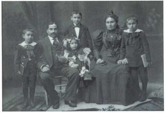 old photo of 19th century family